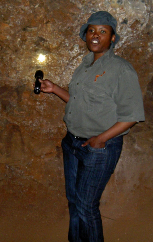 Tour guide in Sterkfontein Cave – Ekala Eco Tours